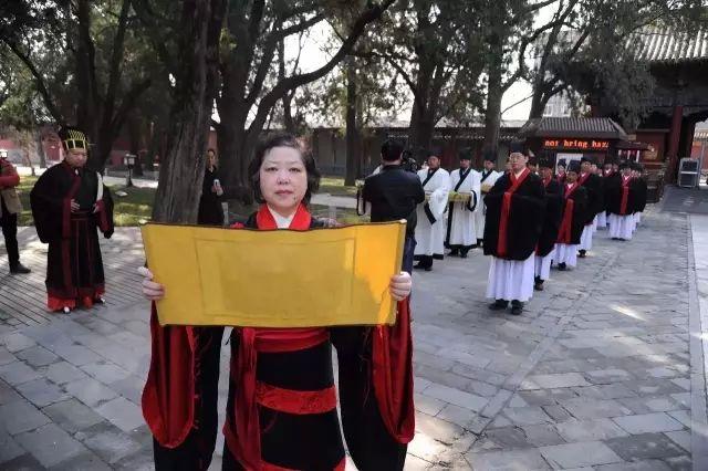 纪捷晶:教育不是哗众取宠 传统文化是民族之根