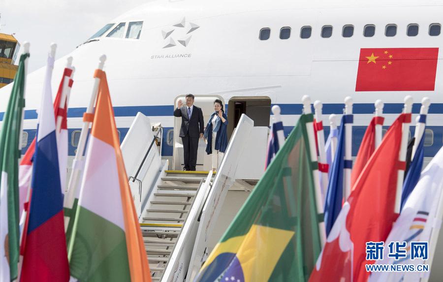 习近平抵达德国汉堡出席210国集团领导人第102次峰会