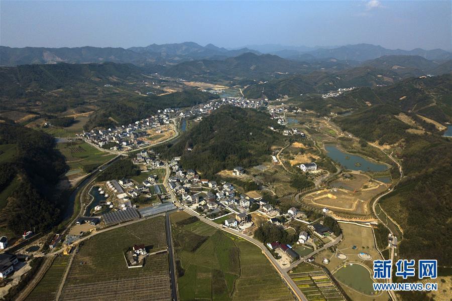 乡村铁路风景图片