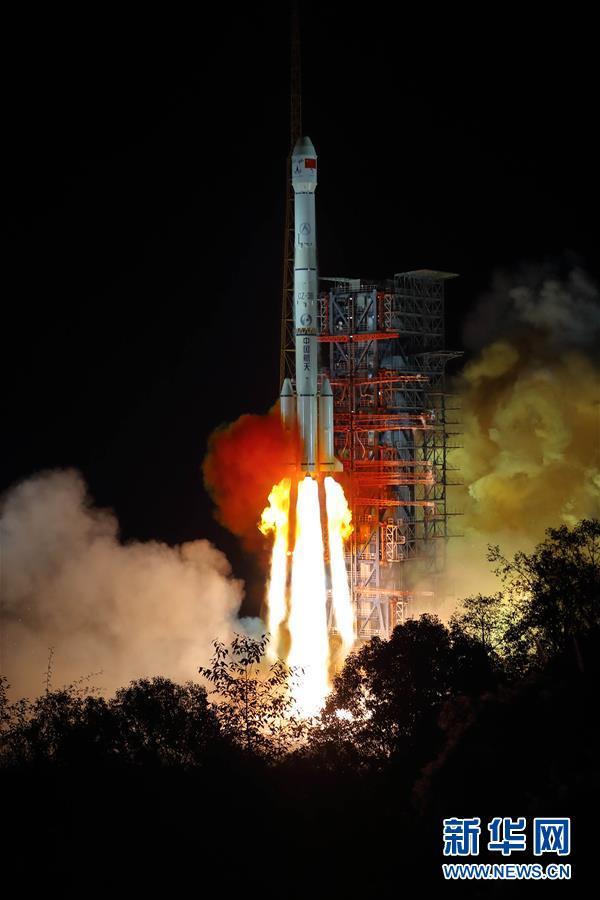月球背面图片_我国探月工程嫦娥四号探测器成功发射 开启人类首次月球背面软 ...